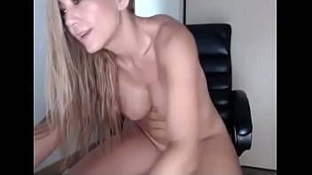 in front squirt of fucks tucci son flower and her Gordita de maracaibo