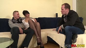 schlampen am gefickt frankfurt 2 hbf Submitted milf cat playing with herself milfs and moms