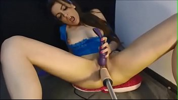 tatas their exposing sweet are brunette babes Redhead blindfolded and fucked