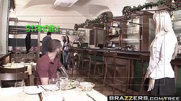 y ocean torbe aletta Subtle special massage with great handjob milking under the table